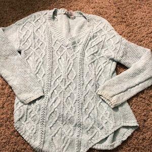 American Rag Sea foam colored sweater
